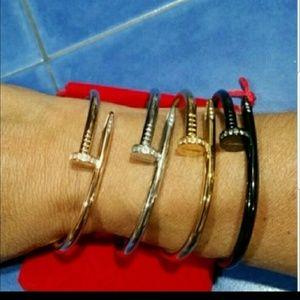 Jewelry - Nail bracelet